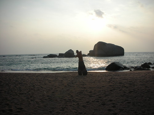 ocean morning sea water sunrise thailand bay early rocks alone peace peaceful tai chi kotao tanote