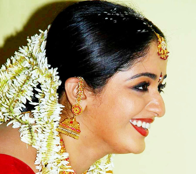 Kavya Madhavan Smiling Photo « Daily Best And Popular