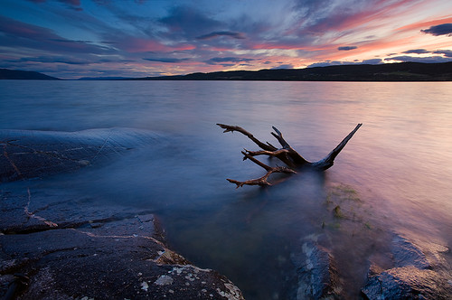 autumn sunset lake fall beach water norway norge europe wind debris windy scandinavia finearts tyrifjorden canoneos5d andersnæsset røshomstranda
