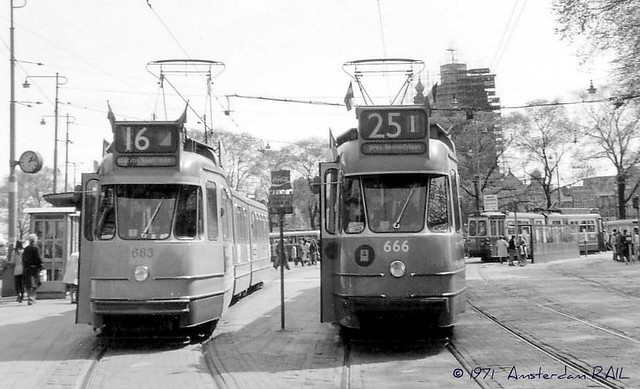 Amsterdam 683: first yellow tram ever (in black & white).