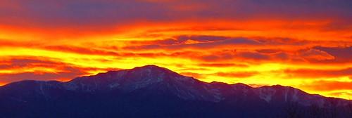 sunset nature sunrise amazing colorado pikespeak pikespeaksunset camfirephotos