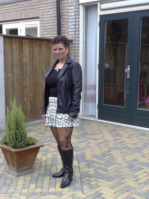 Mature Wives In Boots 37