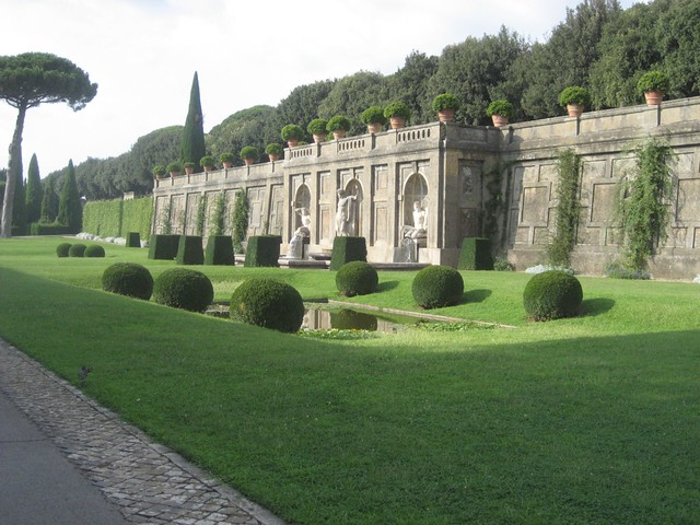 Day 4 papal gardens at castel gandolfo flickr photo - Castel gandolfo map ...