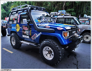 4x4 Borneo Safari 2009 Flag Off - Toyota Landcruiser Mark II SWB