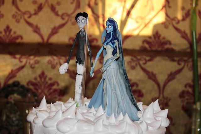 corpse bride wedding cake figures
