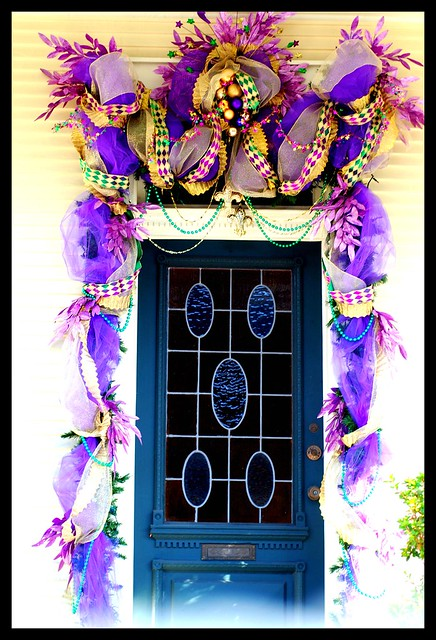 New orleans mardi gras door decoration flickr photo for Decoration carnaval
