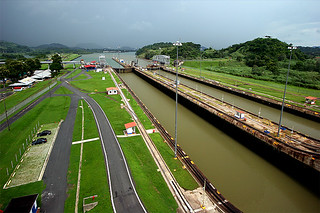 Panama Canal in snooze mode