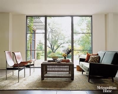 Mid-century modern living room: Jens Risom loveseat + Benjamin Moore 'Seed Pearl,' from Met Home