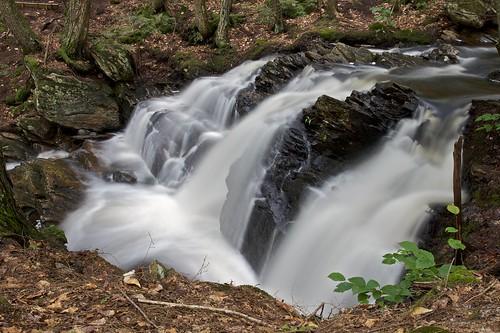 water canon waterfall rocks newhampshire places nh lyndeborough coldbrook 50d af1750mmf28 senterfalls alanedgarnaturearea