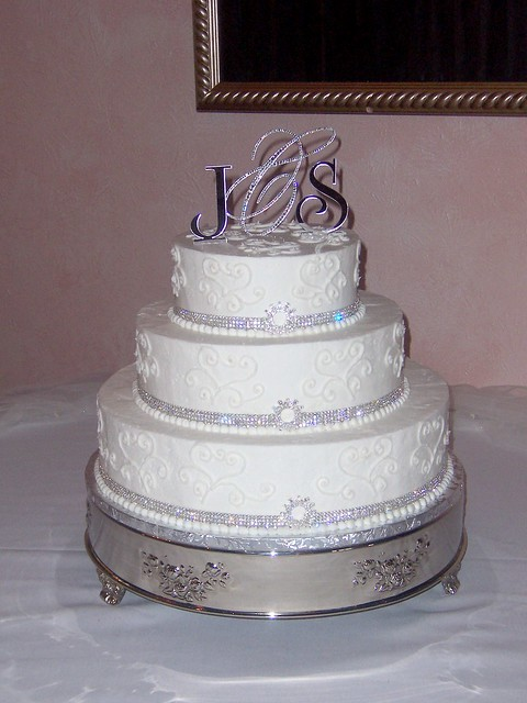 wedding cakes with jewels cake jewels wedding cake flickr photo 26047