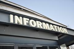 """Bild mit der Schrift """"Informatioen"""""""