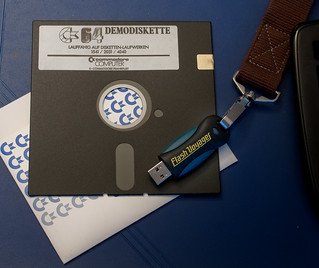Floppy vs. Memorystick