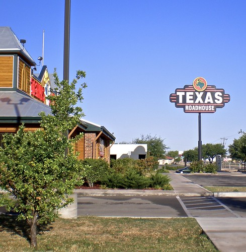 usa america restaurant texas roadtrip roadsign texan roadhouse sanangelo texasroadhouse applecrypt