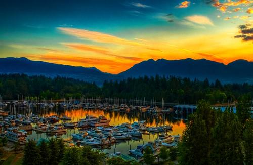 sky canada mountains vancouver sunrise landscape boats harbor nikon background tripod d70s stanleypark hdr coalharbor 1855mmvr