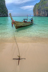 dropping anchor in phi phi