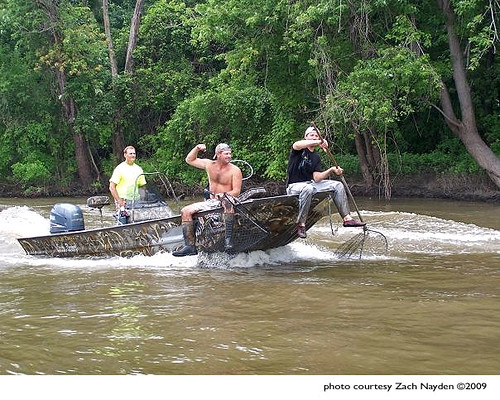 Put 3 Rednecks in a boat, with nets, what 'ya got?