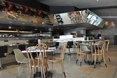 meal(0.0), function hall(0.0), restaurant(1.0), room(1.0), table(1.0), dining room(1.0), interior design(1.0), cafeteria(1.0), design(1.0), cafã©(1.0),