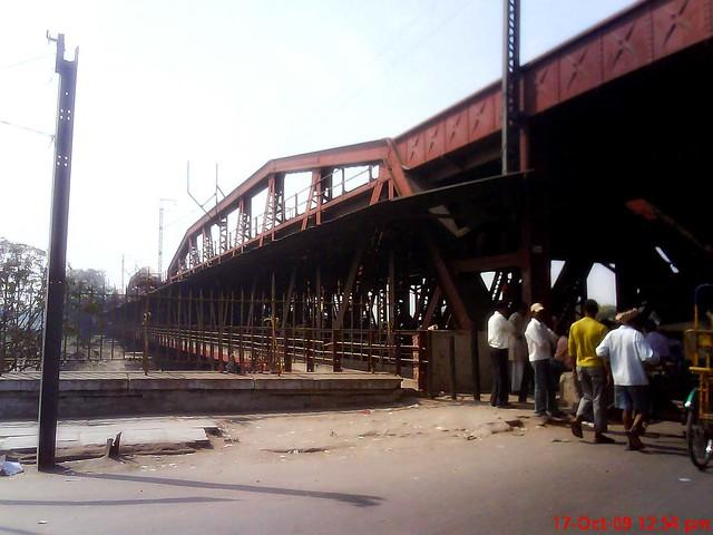 old yamuna bridge in delhi  01355