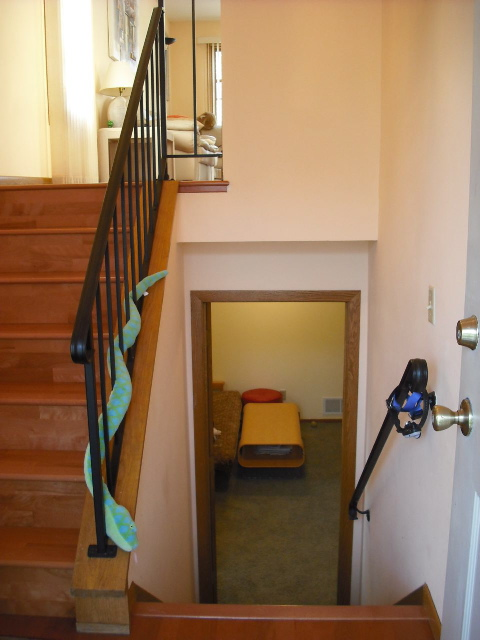 Entry way split level flickr photo sharing for Bi level foyer ideas