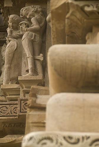 Lady applying sindoor, Visvantha temple, Khajuraho | Flickr