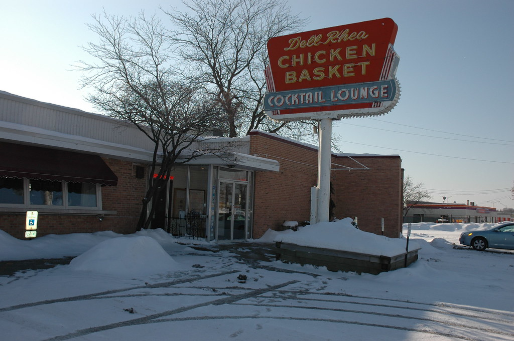 Dell Rhea Chicken Basket, Willowbrook, IL