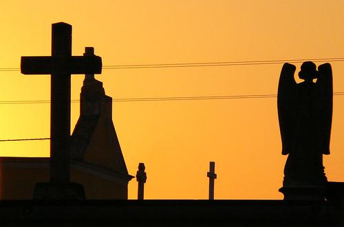 sky statue tramonto ombre cimitero