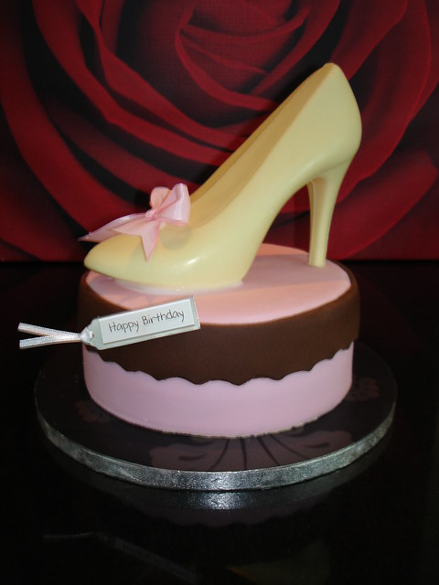 Shoe Birthday Cakes http://www.flickr.com/photos/cake-cupcakes/3933913508/