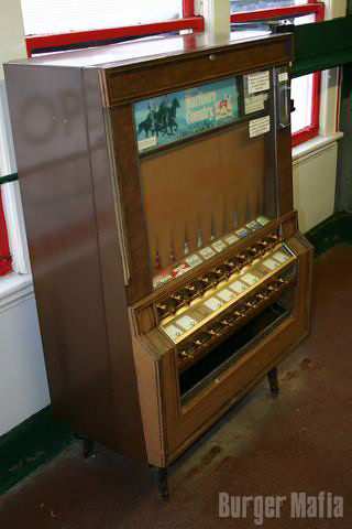 Antique Cigarette Machines Sale - winston-ea