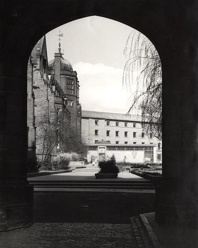014524:The Quadrangle University of Newcastle upon Tyne Newcastle upon Tyne Signey J. 1965