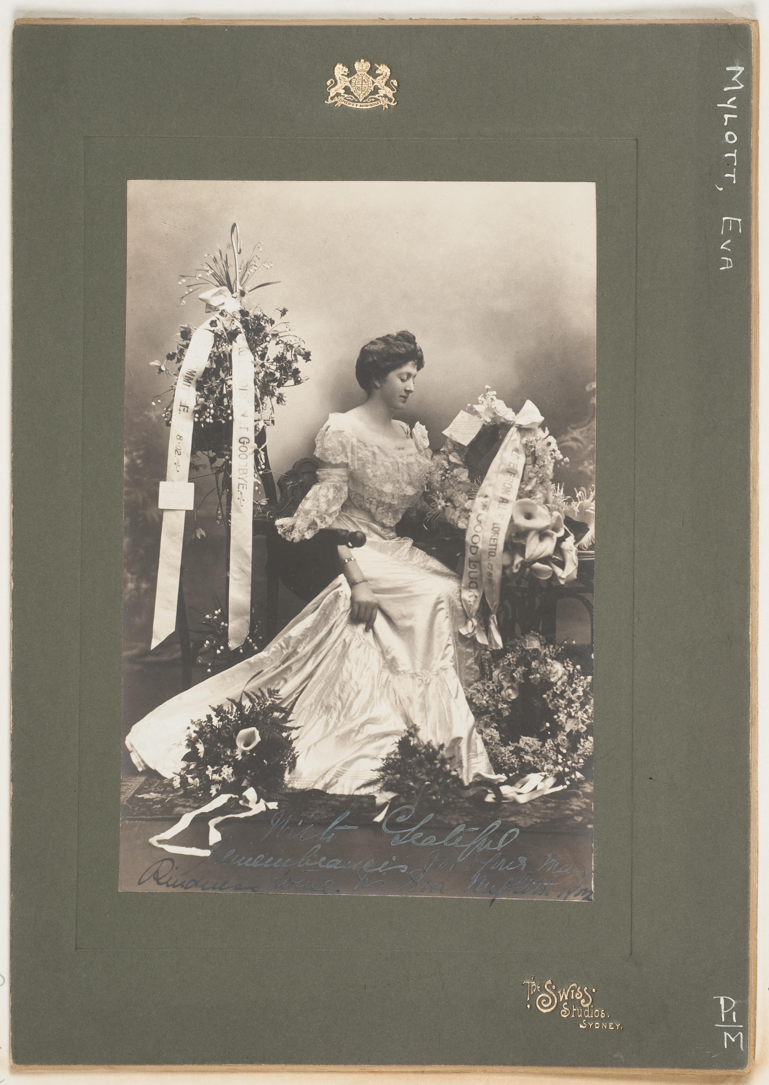Eva Mylott, opera singer and paternal grandmother of Mel Gibson / The Swiss Studios, Sydney, 1902