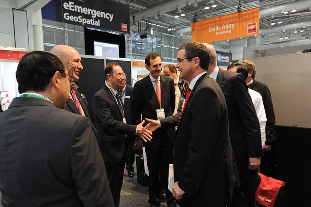CeBIT Australia 2011 - Exhibition Tour for Senator Stephen Conroy - 31/05/2011