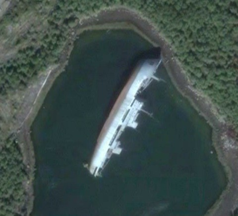 Another abandoned ship near Murmansk.(from Google Earth)   Flickr - Photo Sharing!