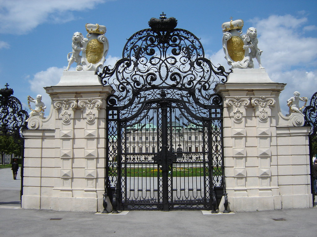 Ornate iron gates in the world skyscrapercity for Palace design homes
