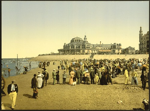 [The beach and the Kursaal, (i.e., Cursaal), Ostend, Belgium] (LOC)
