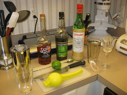 Making the Final Ward Cocktail