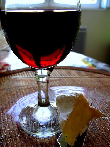 no real French meal without a Camembert with a glass of good red wine - pas de vrai repas français sans un bon camembert.