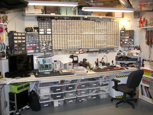 A quick tour of my workbench | Hackaday