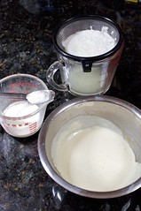 baking, batter, whipped cream, food, dairy product,