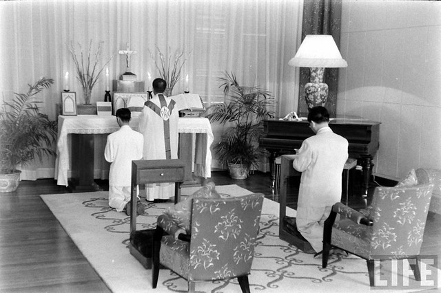 1956 - Pres. Diem attending Mass in chapel at Independence Palace