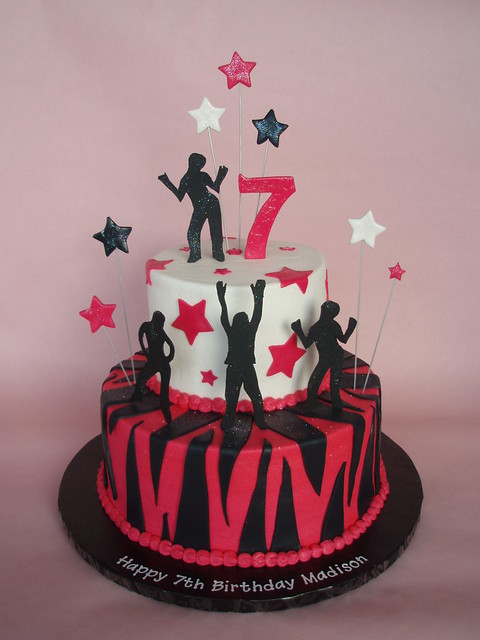 Dance Party Cake Images : Rock Star - Dance Themed Cake Flickr - Photo Sharing!