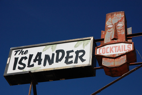 20090905 The Islander: Still Open