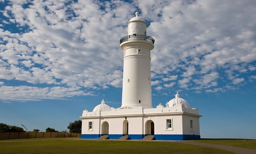 Macquarie lighthouse from west