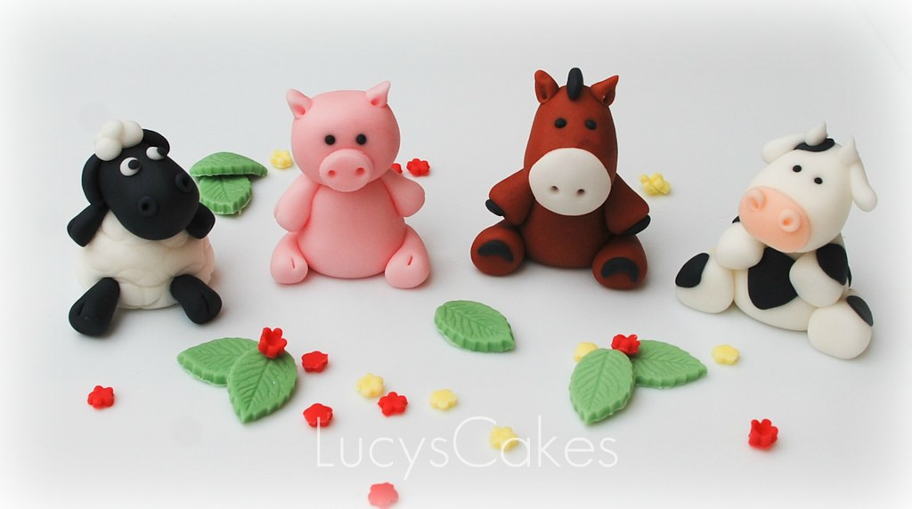 Cake Decorations Farm Animals : Farm animal edible cake topper cow horse pig sheep - a ...