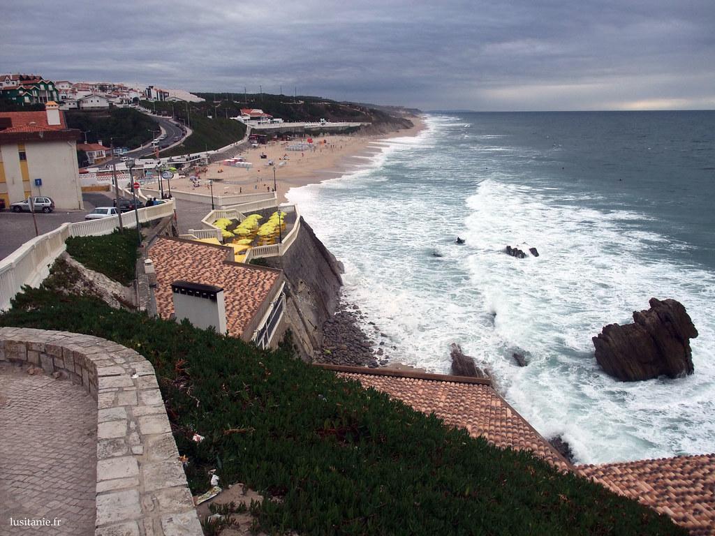 La plage de São Pedro de Moel. Un de mes endroits préférés au Portugal, très bien entretenu, sans excès de constructions modernes.