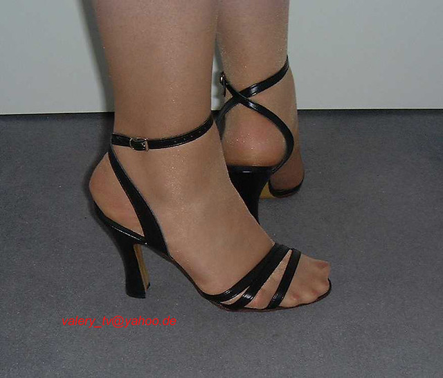 Pantyhose And Sandals Pictures 95