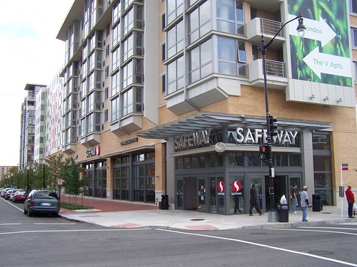 Safeway and apartment building at 5th and L Streets NW, Washington DC