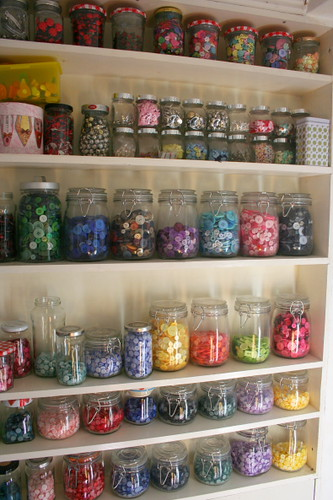 buttons jars