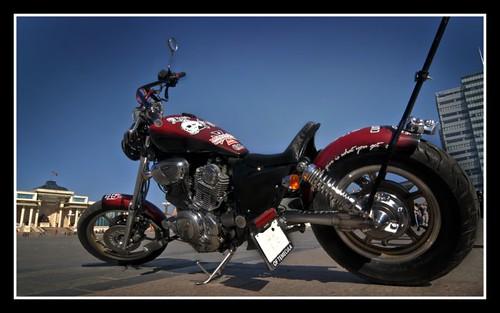 Custom motorcycle (Yamaha Virago 1100, 1997 years)