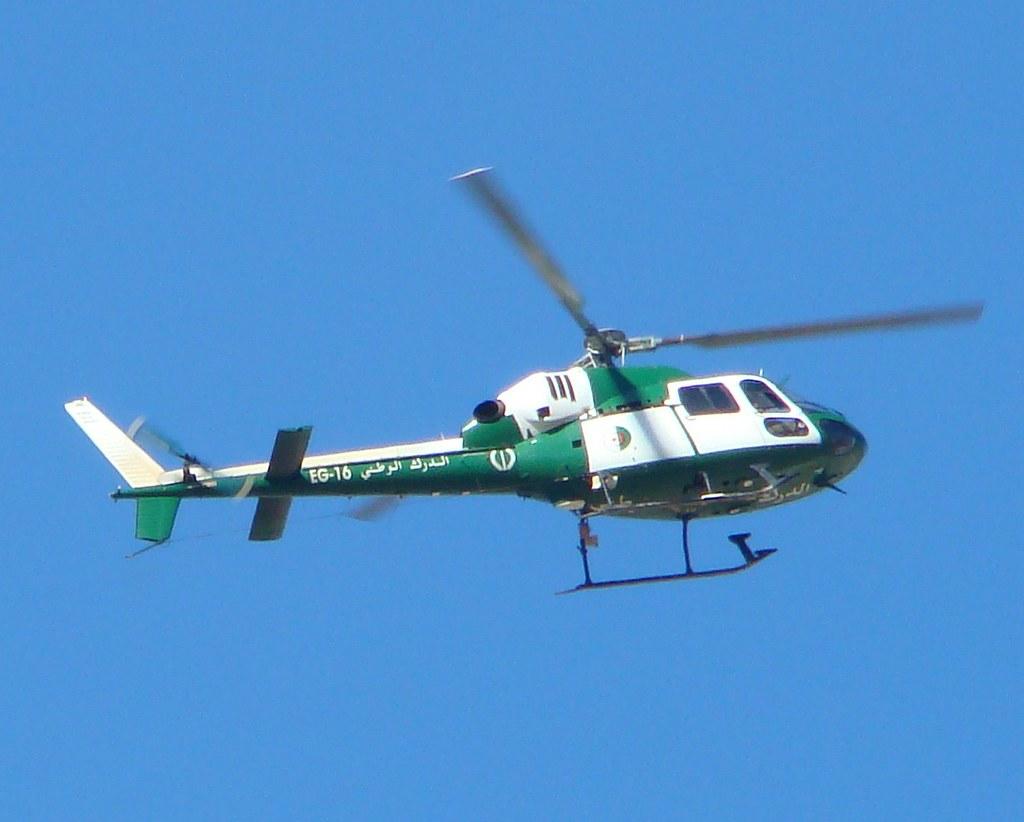 Elicottero 355 : ᗜ Ljഃminilab fuji  albero di supporto