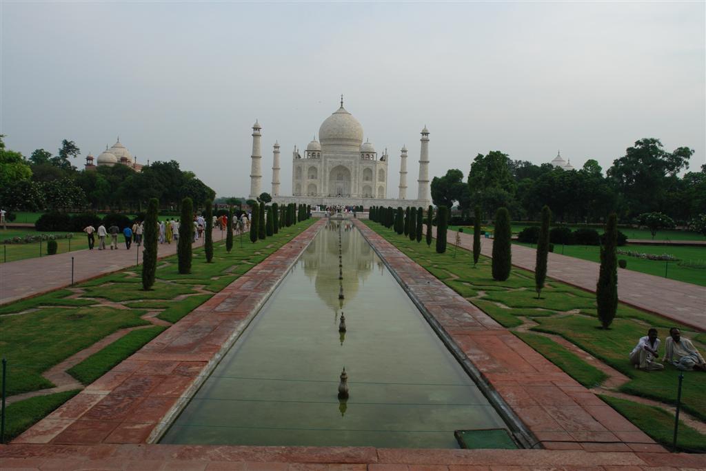 Grande, el Taj Mahal reflejado en las decorativas fuentes de sus jardines taj mahal, la declaración de amor más grande - 3998355819 ce882ea613 o - Taj Mahal, la declaración de amor más grande